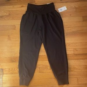 Old Navy High Waister Joggers NWT